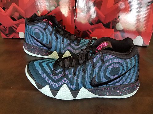 Kyrie 4 Decades Pack 80's