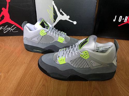 Air Jordan 4 Retro SE Neon Air Max 95