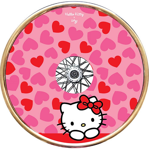 Hello Kitty x Izzy (Sweetheart)