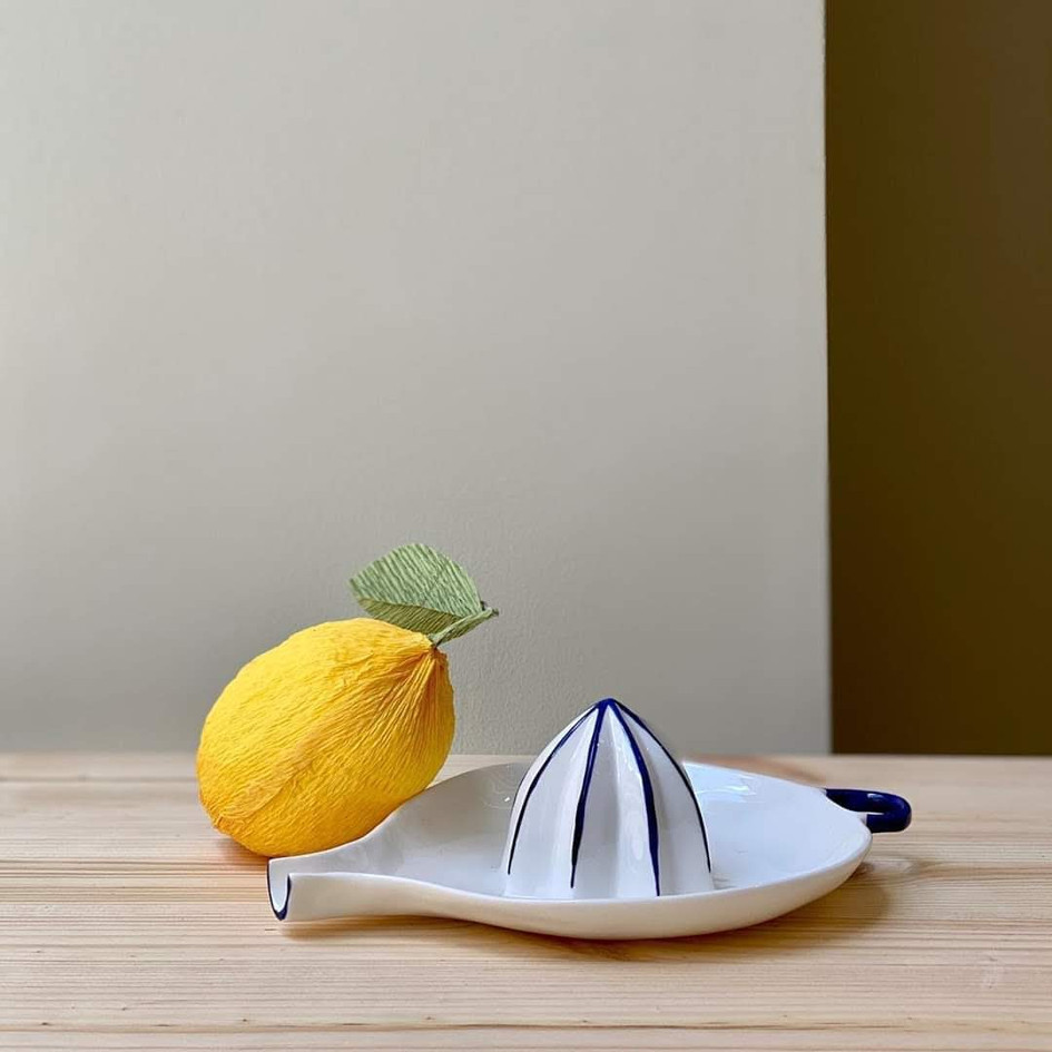 Paper lemon