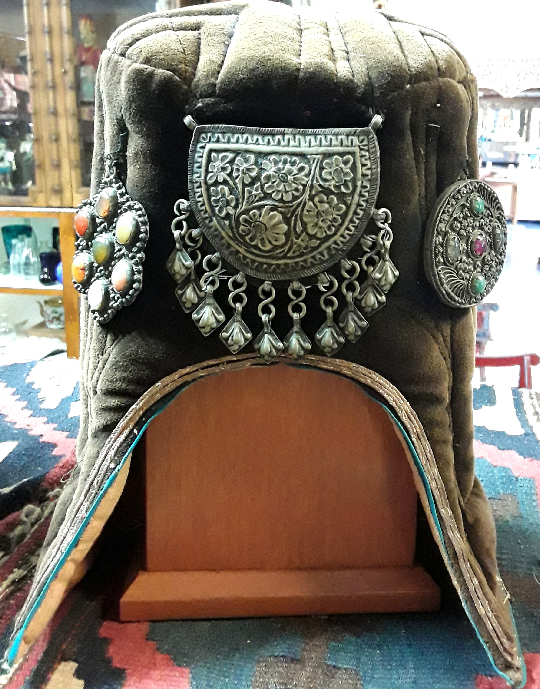 Himalayan Cadach Hat and Stand