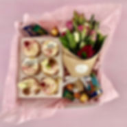 Gift box with cupcakes and flowers.jpeg