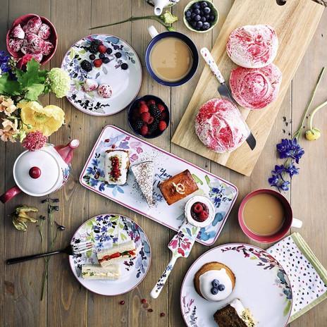Bloom dinnerware lifestyle.jpg