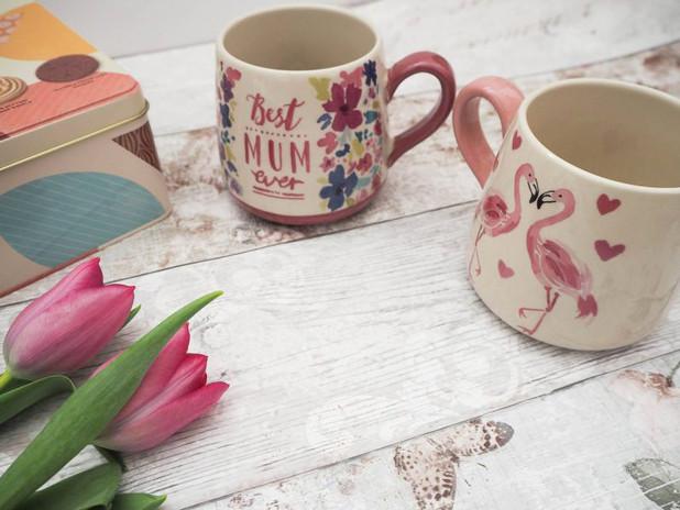 Flamingo-Mug1-min-800x600.jpg