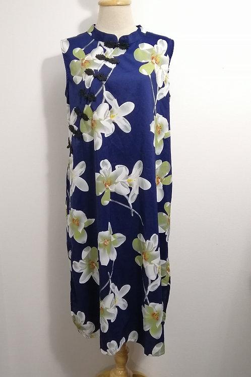 Plus Size Midi Floral Side Slit Cheongsam in Blue