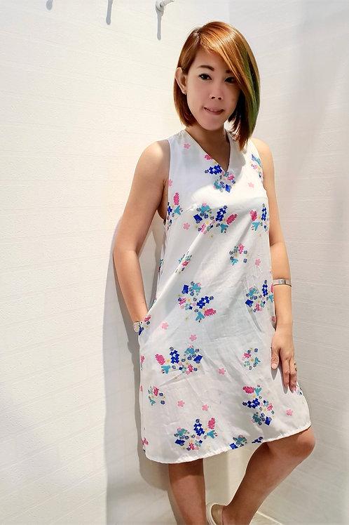 Cross back Floral White Shift Dress