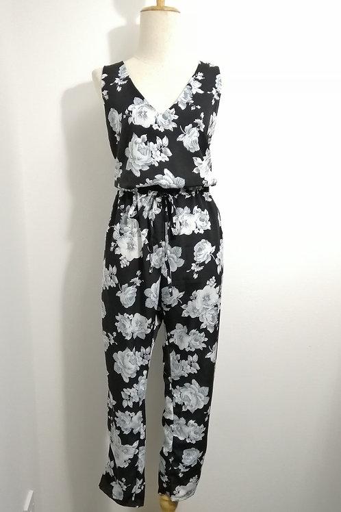 Floral V-neck Jumpsuits in Black