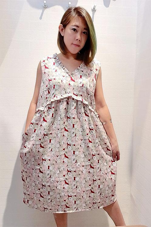Plus Size Frills Babydoll Sea lion Printed Dress In Maroon