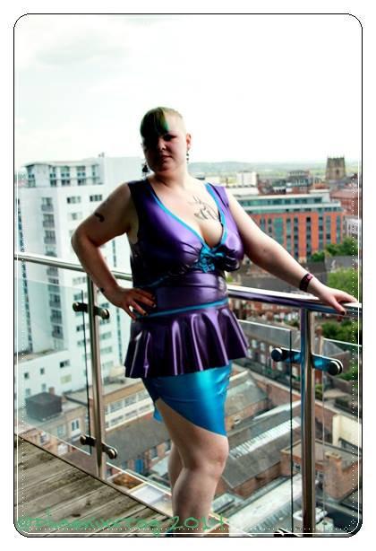 UK Size 22 - Plus Size Turquoise & Trans Blue Latex *Kapow* Wiggle Skirt ..