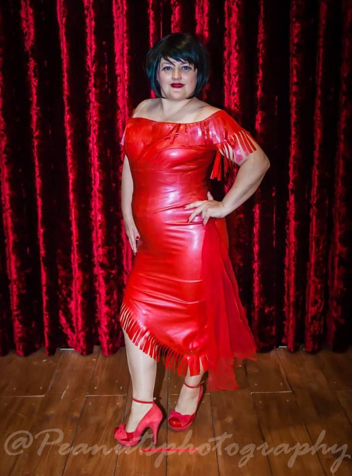 Avril Wiggle Dress002