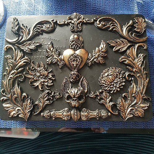 Hand-made Sacred Heart & Cat Skull Decorated Tin .. Large ..