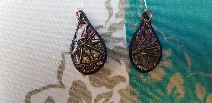 Metallic Teardrop Earrings .. No.116 ..