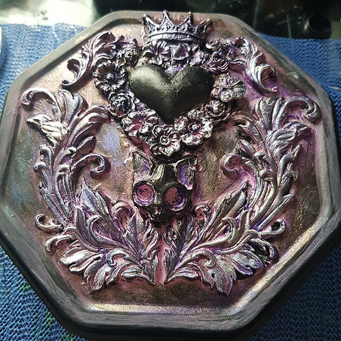 Hand-made Crowned Heart & Cat skull Decorated Tin .. Large ..