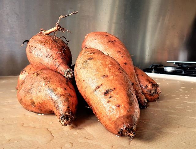 Recept: zoete aardappelpartjes met aioli