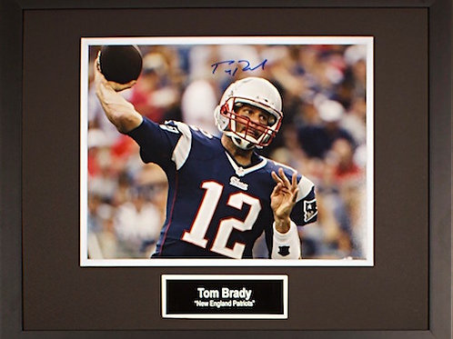 Tom Brady - New England Patriots Autograph Photo