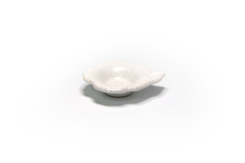 Seto   White Floral Sauce Plate