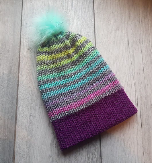 Handmade Knitted Hat - Peppermint & Plum