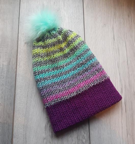 Handmade Knitted Hat - Peppermint & Plum