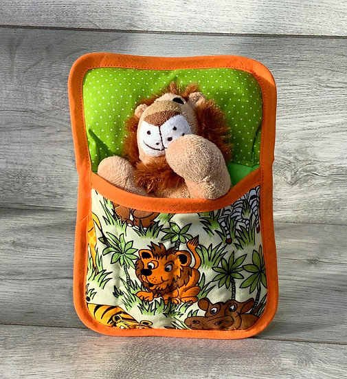 Ted in a Bed - Lion in Jungle sleeping bag