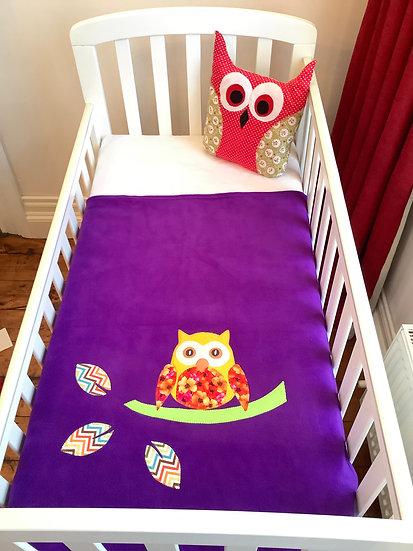 Fleece Blanket - Yellow owl on purple