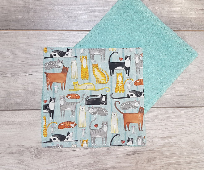 Face Towel - Cats on Teal