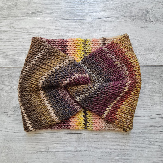 Knit headband in neutral tones