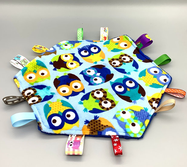 Large Tag Square - Owls on blue
