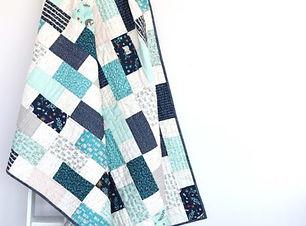 Baby-Bricks-Crib-Quilt-tutorial-by-Amy-Smart.jpg