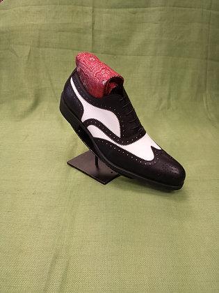 Black & White British Brogue shoe