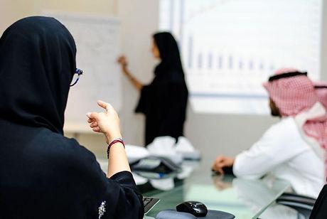 Arab-employee-1.jpg