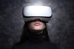 young-woman-wearing-virtual-reality-glas