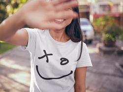 SHASMIMO SMILE GIRL HAND