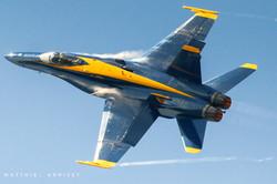 Blue Angels F-18 pulling Gs