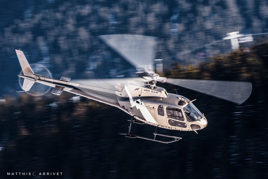 Mont Blanc Hélicoptères AS350B2 Squirrel