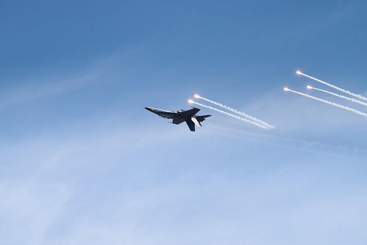 RMAF F-18 Hornet flares LIMA19