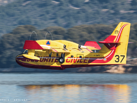 French Canadair Cl-415s training for fire season