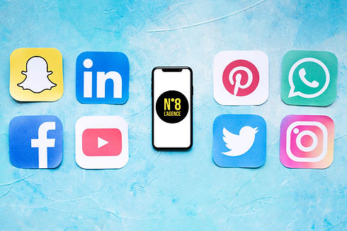 set-of-social-networking-icons-placed-ne