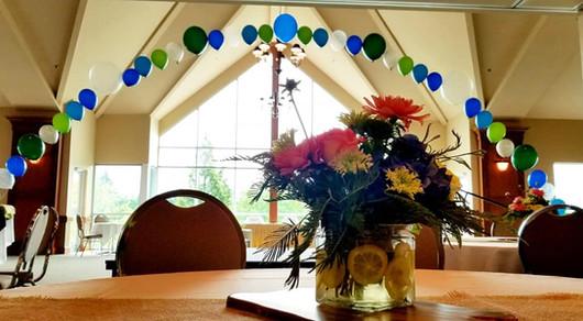 String of Pearls balloon arch.jpg