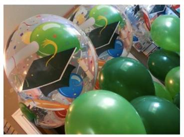 Grad bubbles toppers.png