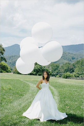 white three foot balloon.jpg
