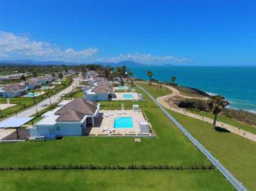 Villa Oceanfront Deluxe  $680