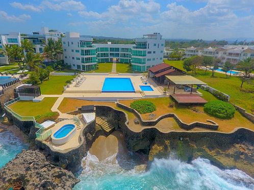 Oceanfront Condo 3B $300.000