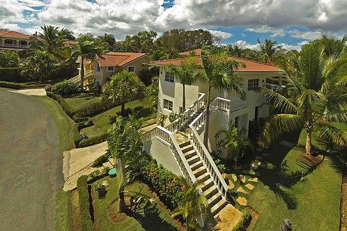 Villa with Apartment $199.000