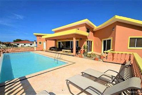 Villa Hermosa  $330.000