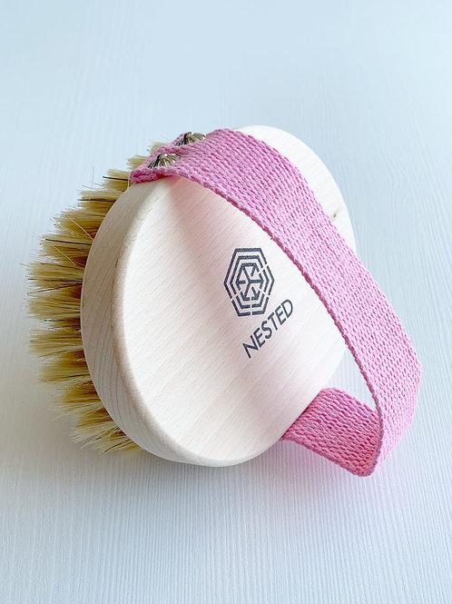 NESTED Bristles Body Brush - pink