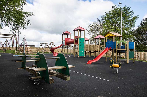 Th Green Hollow PlayGround