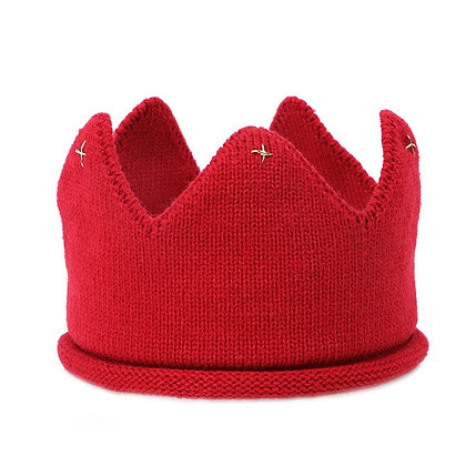 Red knitted crown