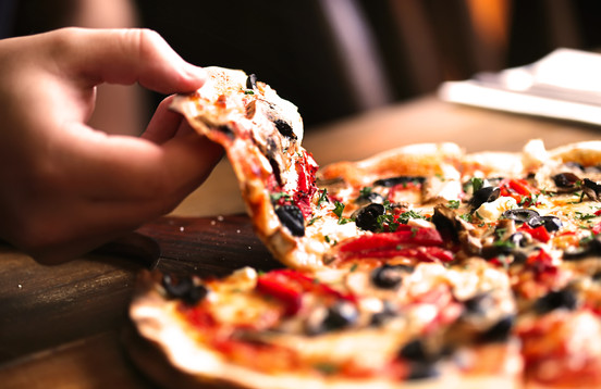 Pizza Hand.jpg