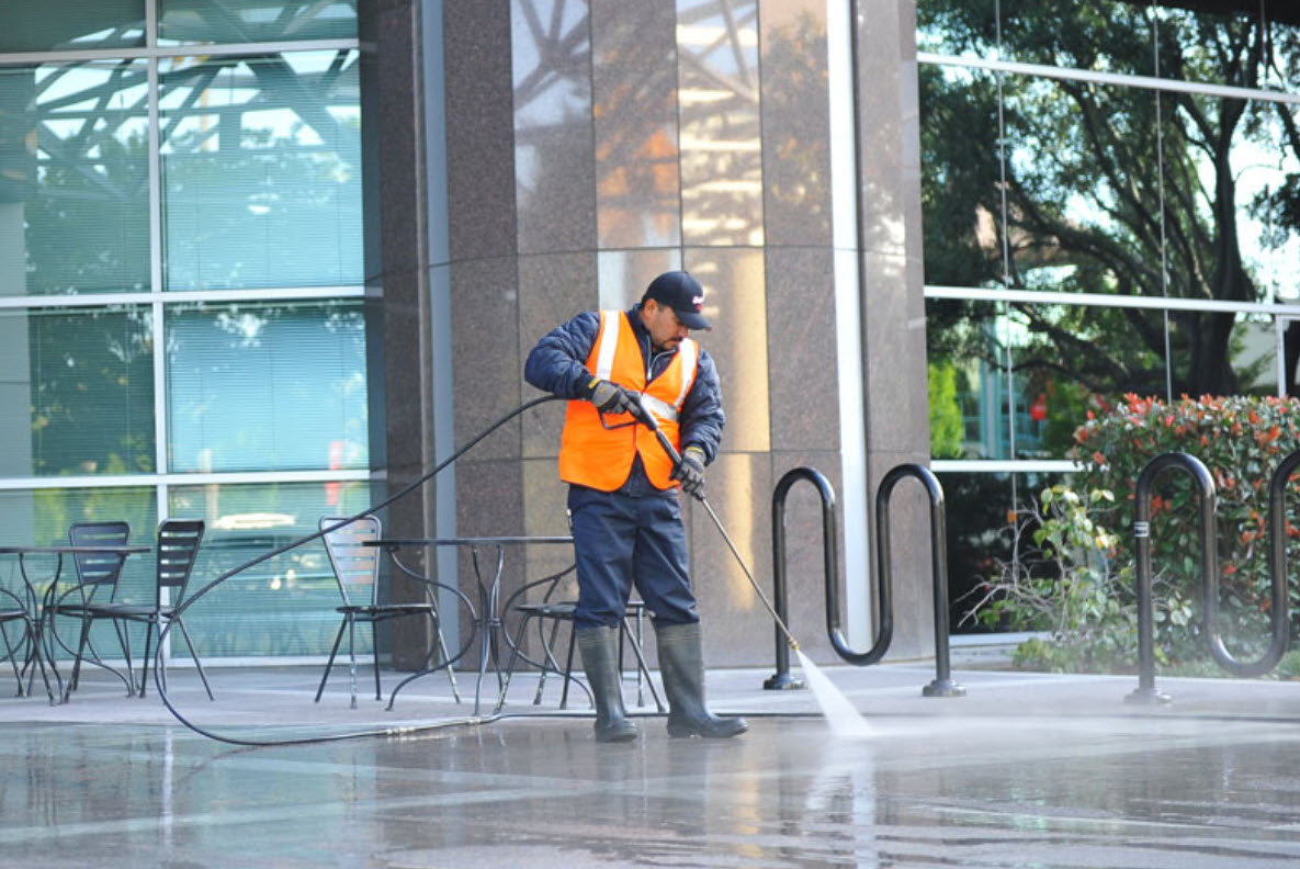 Commercial Power Wash Services