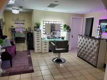 Makeup Service Area